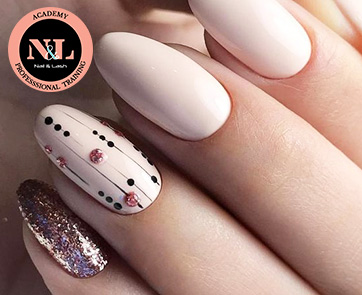 PROFESSIONAL NAIL TECHNICIAN COURSE