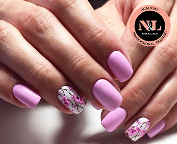ADVANCED ACRYLIC NAIL TECHNICIAN COURSE